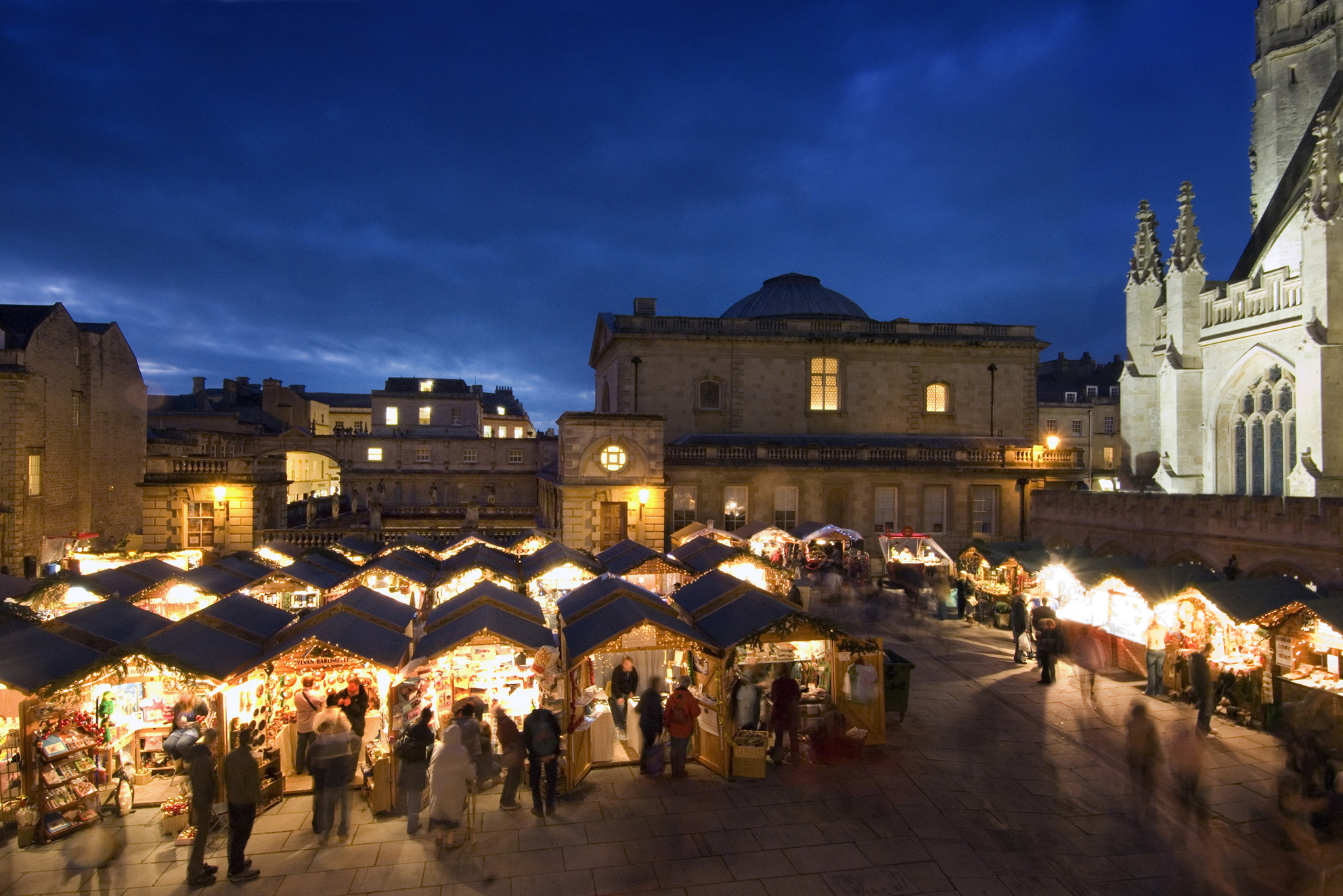 Top 5 UK Destinations for a Christmas Break