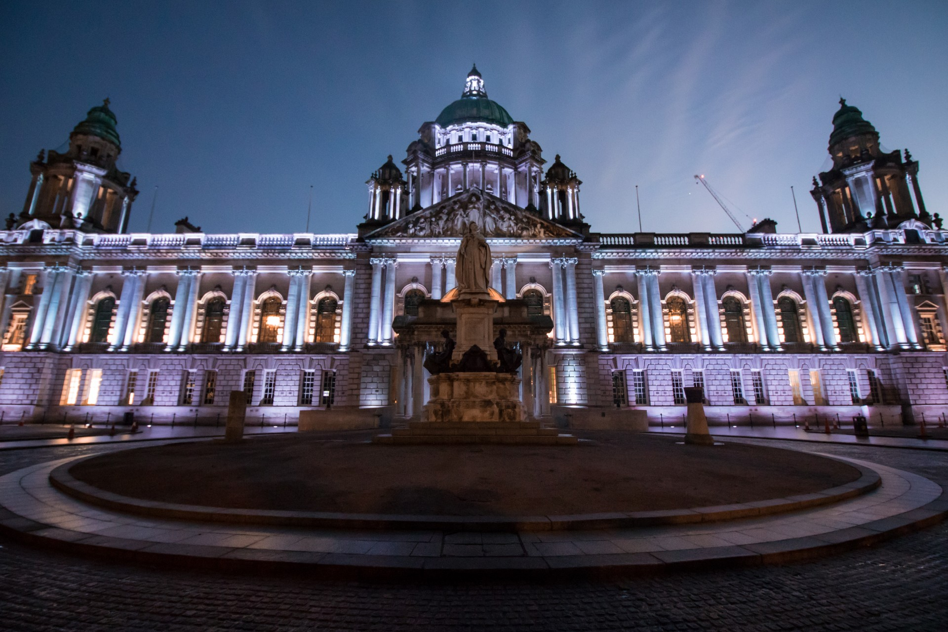 belfast-city-hall-lit-up-at-night-by-purple-lights-2-days-in-belfast-itinerary