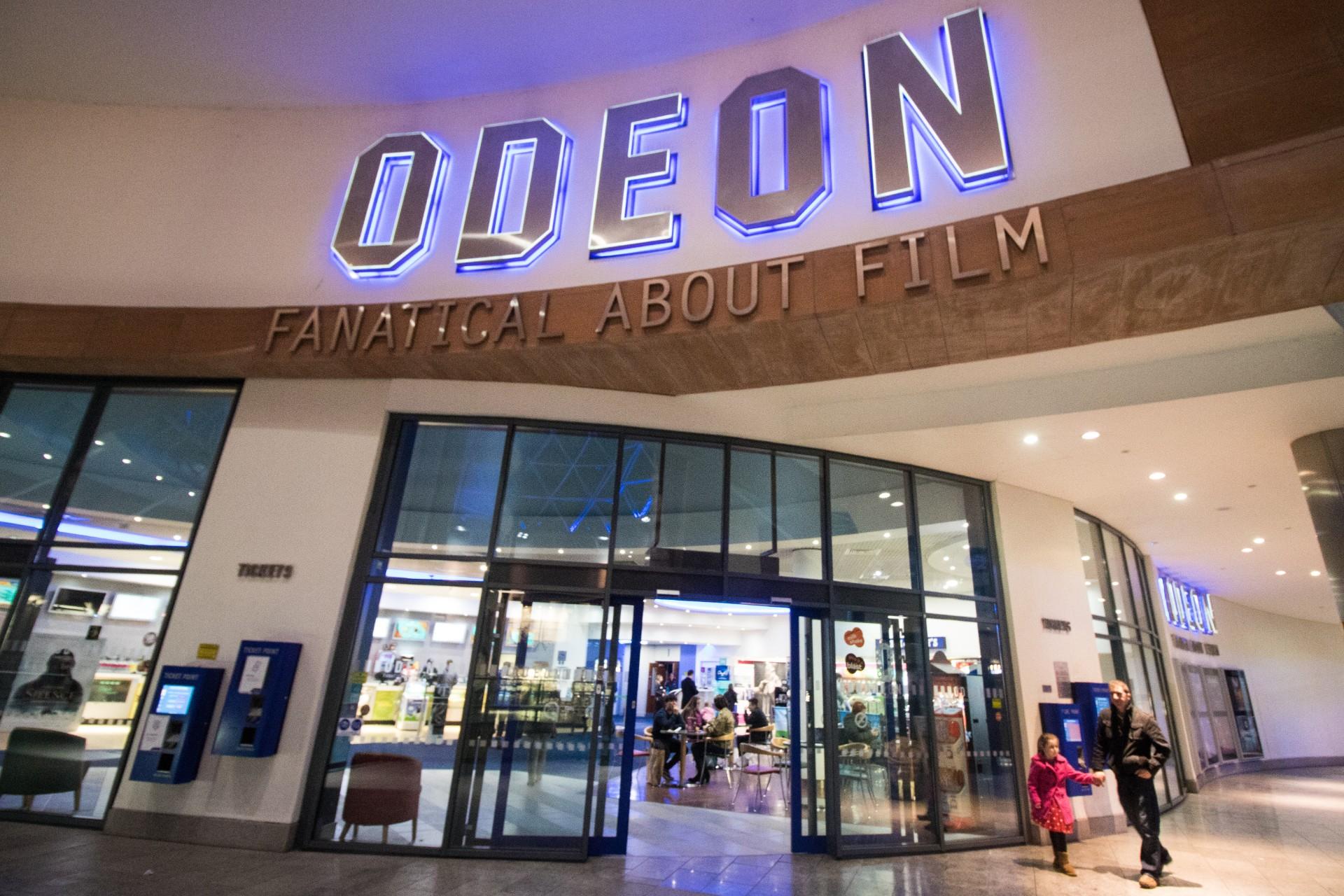 entrance-to-odeon-cinema-in-victoria-square-belfast
