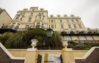 The perfect seaside staycation in Fowey, Cornwall, at the famous Fowey Hotel, with trips to The Eden Project and The Lost Gardens of Heligan! Click through to read more...