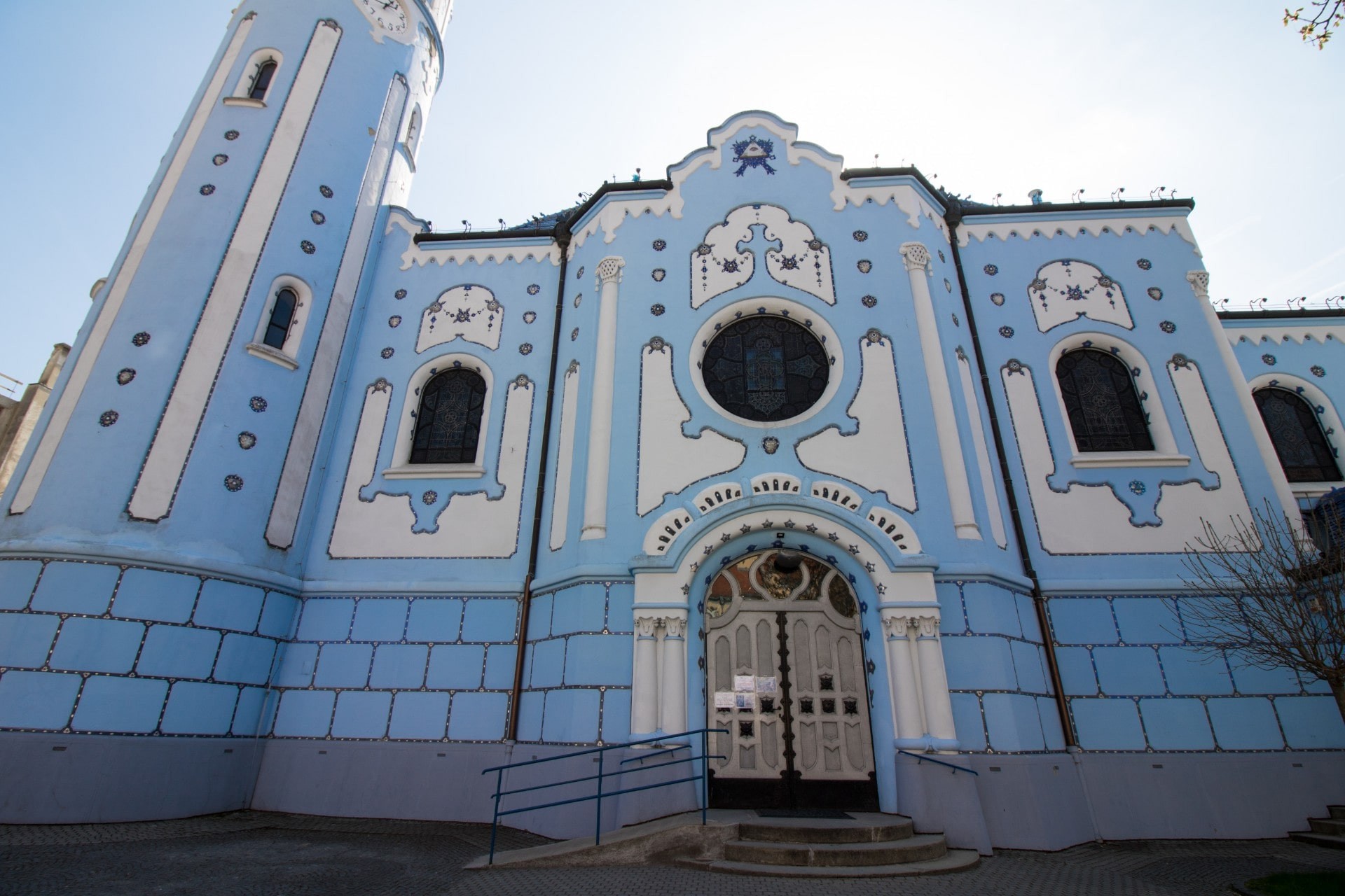 pretty-blue-church-in-bratislava