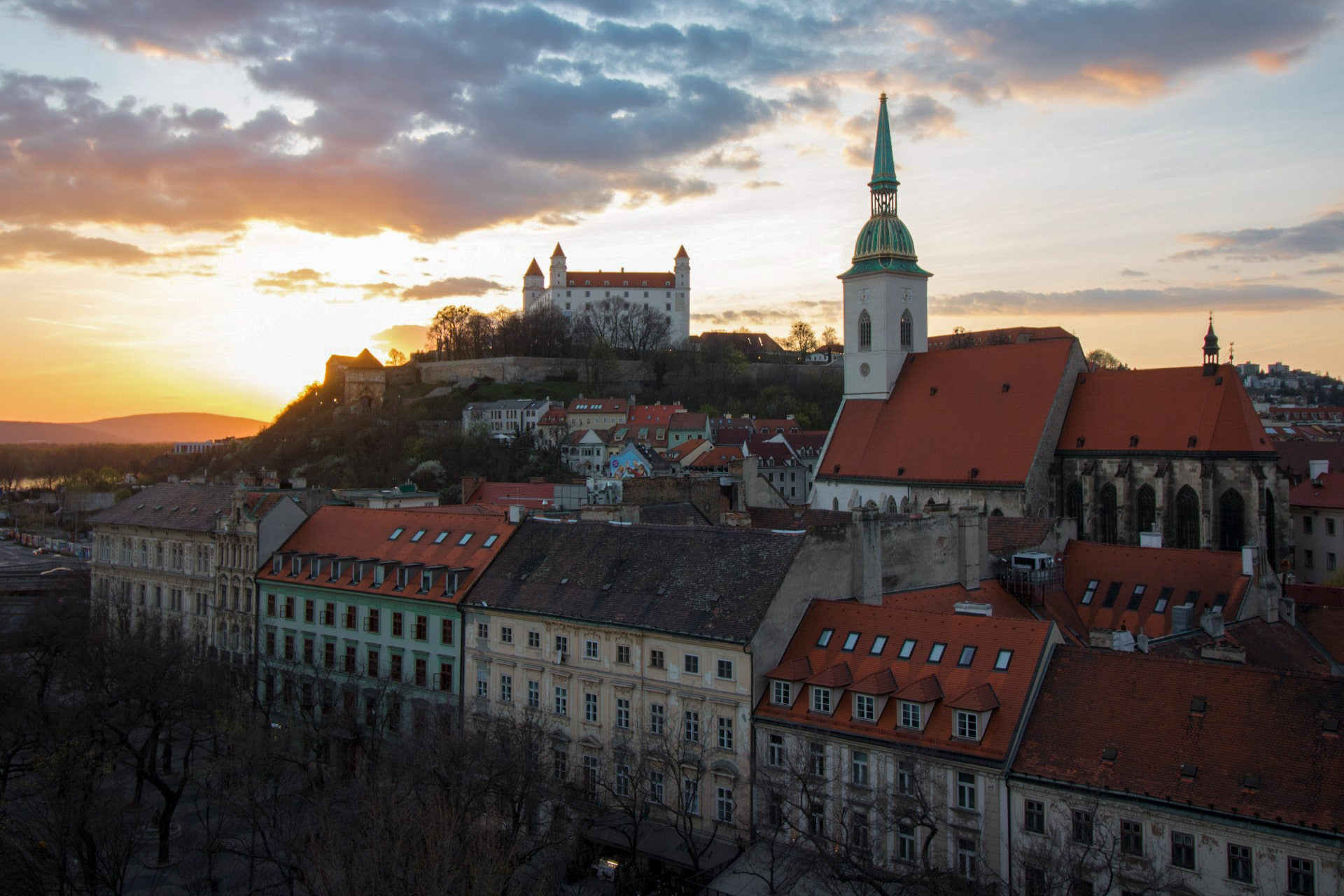 view-from-skybar-bratislava-across-to-bratislava-castle-and-st-martins-cathedral-at-sunset