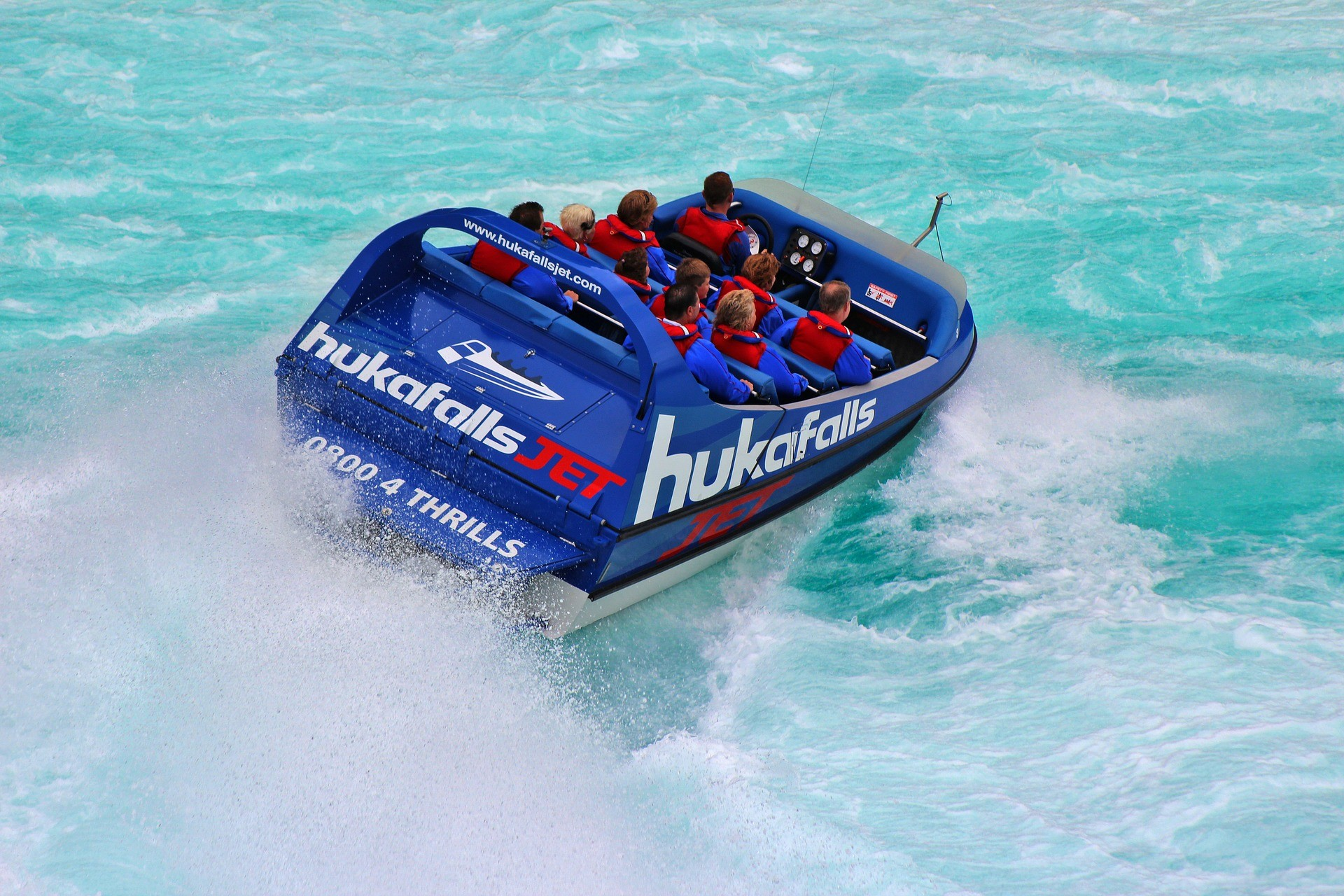 Jet Boat Huka Falls The Ultimate New Zealand Bucket List Faraway Lucy Travel Blog
