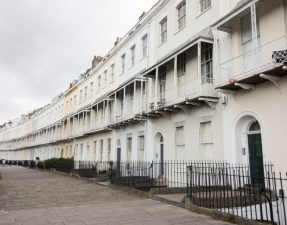 Victorian crescent of white houses. Street. British street. English street. Historical street. 6 Amazing Things to Do in Clifton Bristol. Clifton Village. What to do in Clifton Bristol. Places to visit in Clifton Bristol. Bristol Zoo Gardens. Clifton Suspension Bridge. Royal York Crescent. Bristol travel guide. Bristol travel tips. Bristol travel blog. What to do in Bristol. What to see in Bristol. Things to do in Bristol. Things to see in Bristol. How to spend a day in Bristol. Bristol tourist attractions. Brunch in Clifton Bristol. Cafes in Clifton Bristol. Restaurants in Clifton Bristol. Click through to read more...
