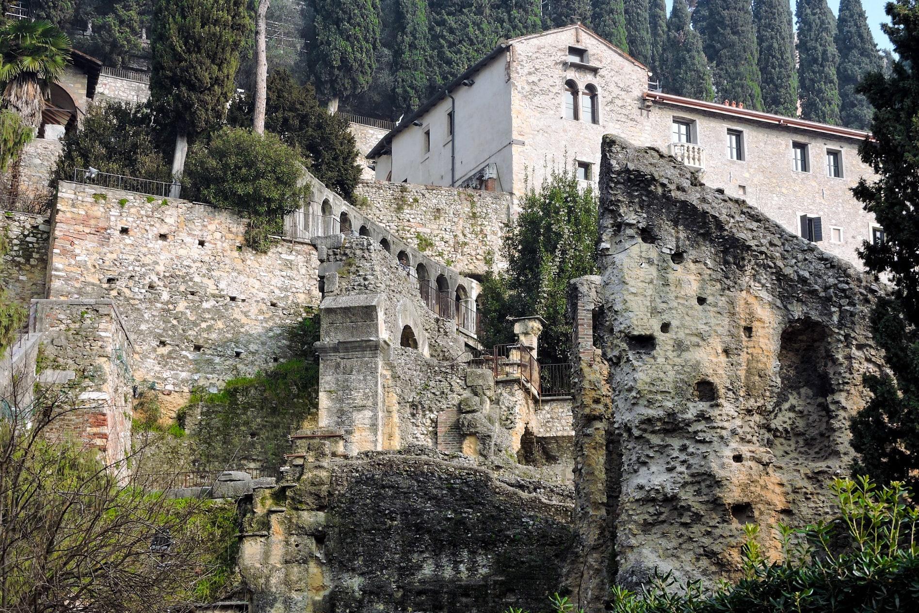 historic-roman-theatre-ruins