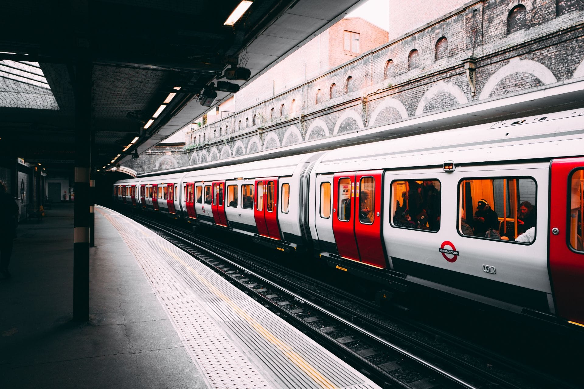 metro-tube-underground-train-in-london-at-an-overground-station-sustainable-travel-tips