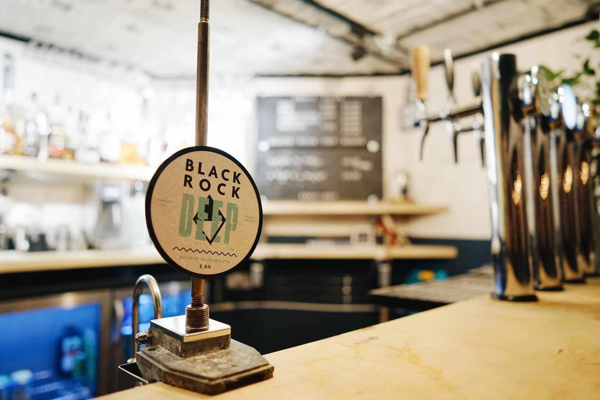 black-rock-deep-brewed-in-falmouth-at-small-ships-bar