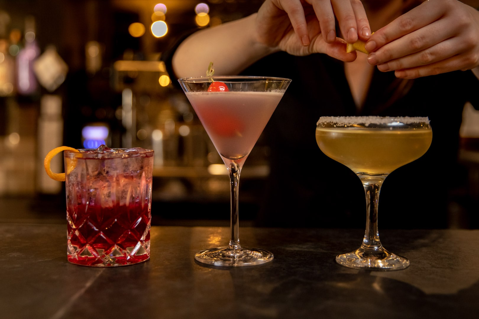 female-bartender-making-cocktails-at-pairings-wine-bar