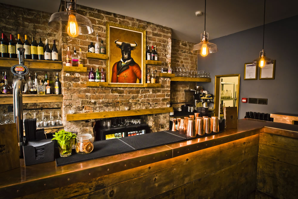 rustic-bar-in-steak-restaurant-cowshed-liverpool