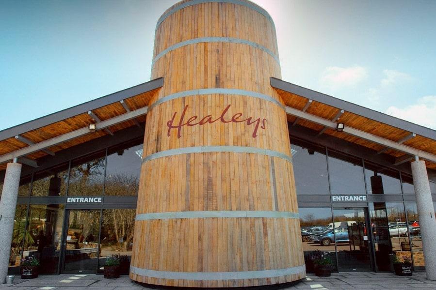 healeys-cornish-cyder-farm-exterior-entrance