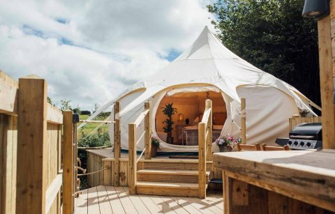 lets-go-hydro-glamping-bell-tent-dome-on-raised-decking-glamping-northern-ireland
