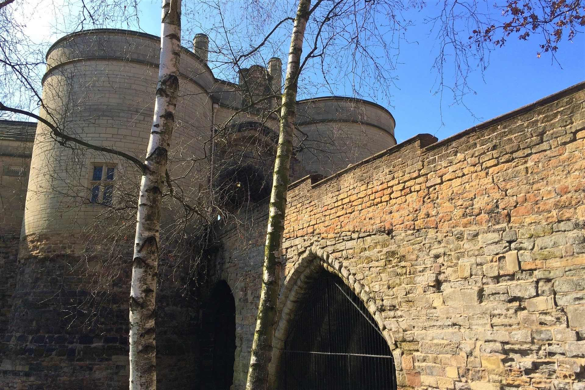 nottingham-castle-on-sunny-day