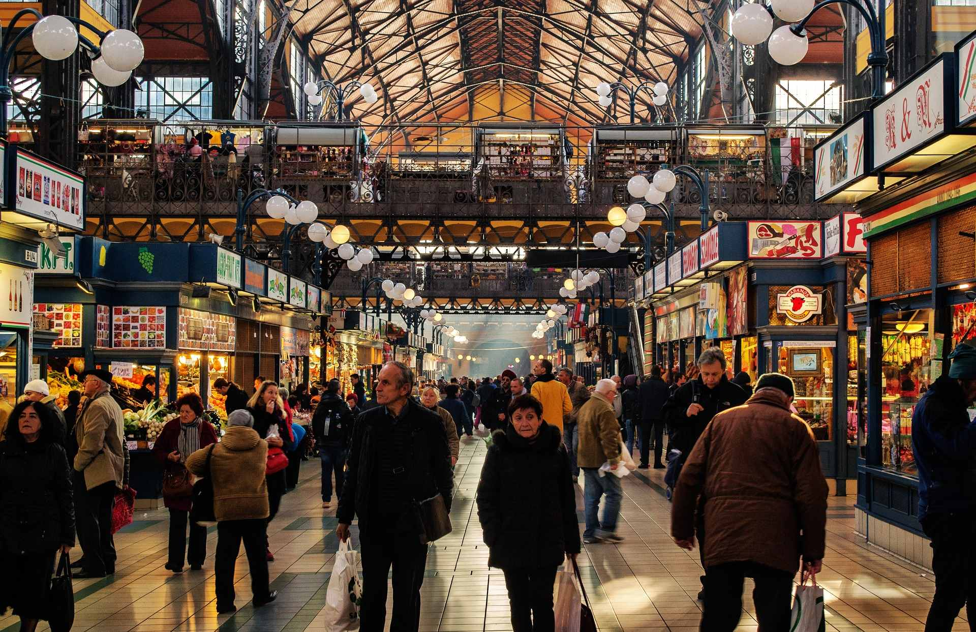 people-walking-through-busy-great-market-hall