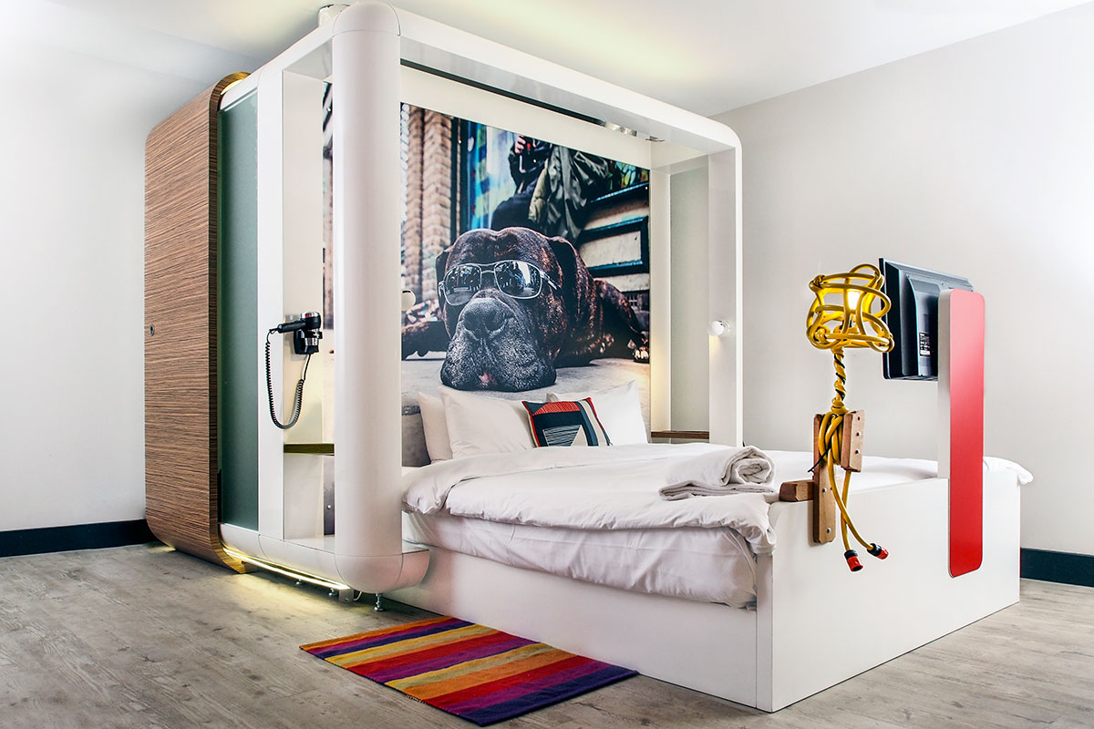 qbic-hotel-bedroom-with-dog-headboard-quirky-london-hotels