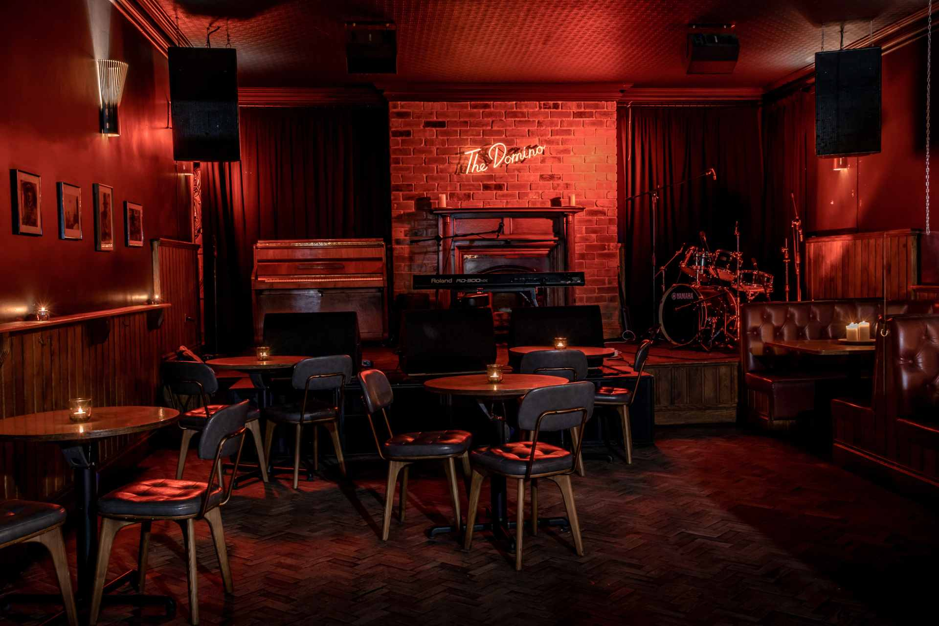the-domino-jazz-bar-lit-up-in-red-at-night-date-ideas-leeds