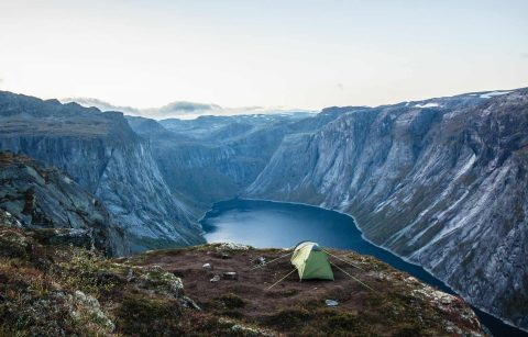 wild-camping-on-mountain-with-view-of-lake-eco-friendly-camping