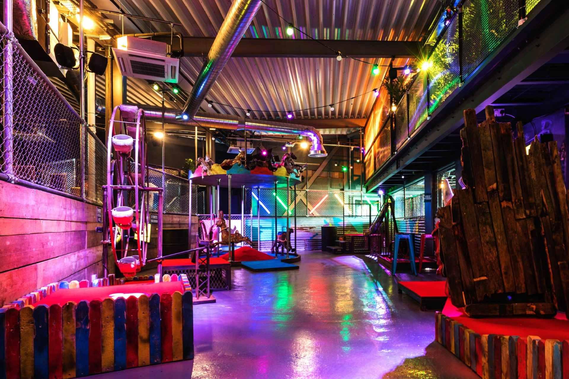 bozo-crazy-golf-course-at-junkyard-golf-club-indoor-activities-manchester