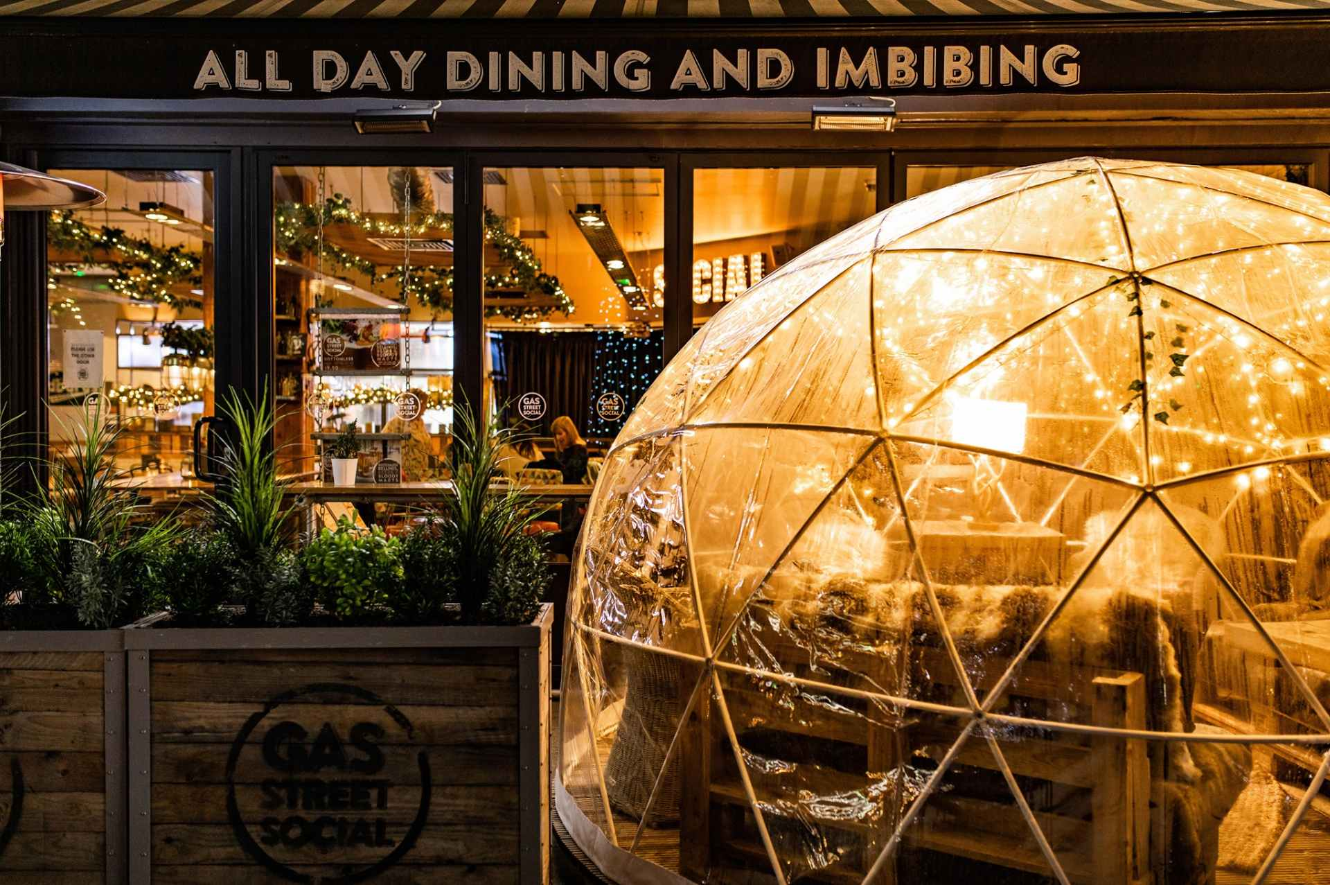 dome-lit-up-outside-gas-street-social-restaurant-at-night-bottomless-brunch-birmingham