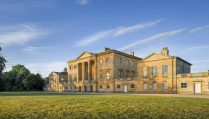 grand-basildon-park-home-and-grounds-at-sunrise-day-trips-from-reading