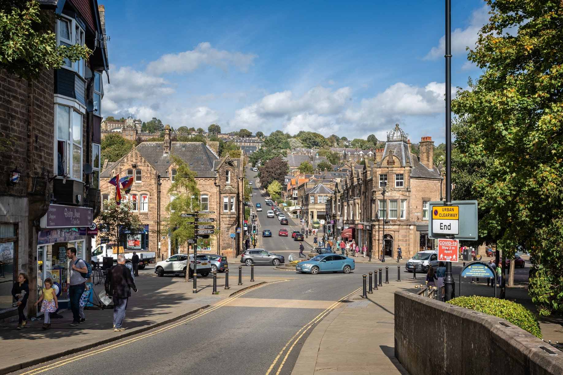 people-walking-around-matlock-town-centre-on-sunny-day-day-trips-from-derby