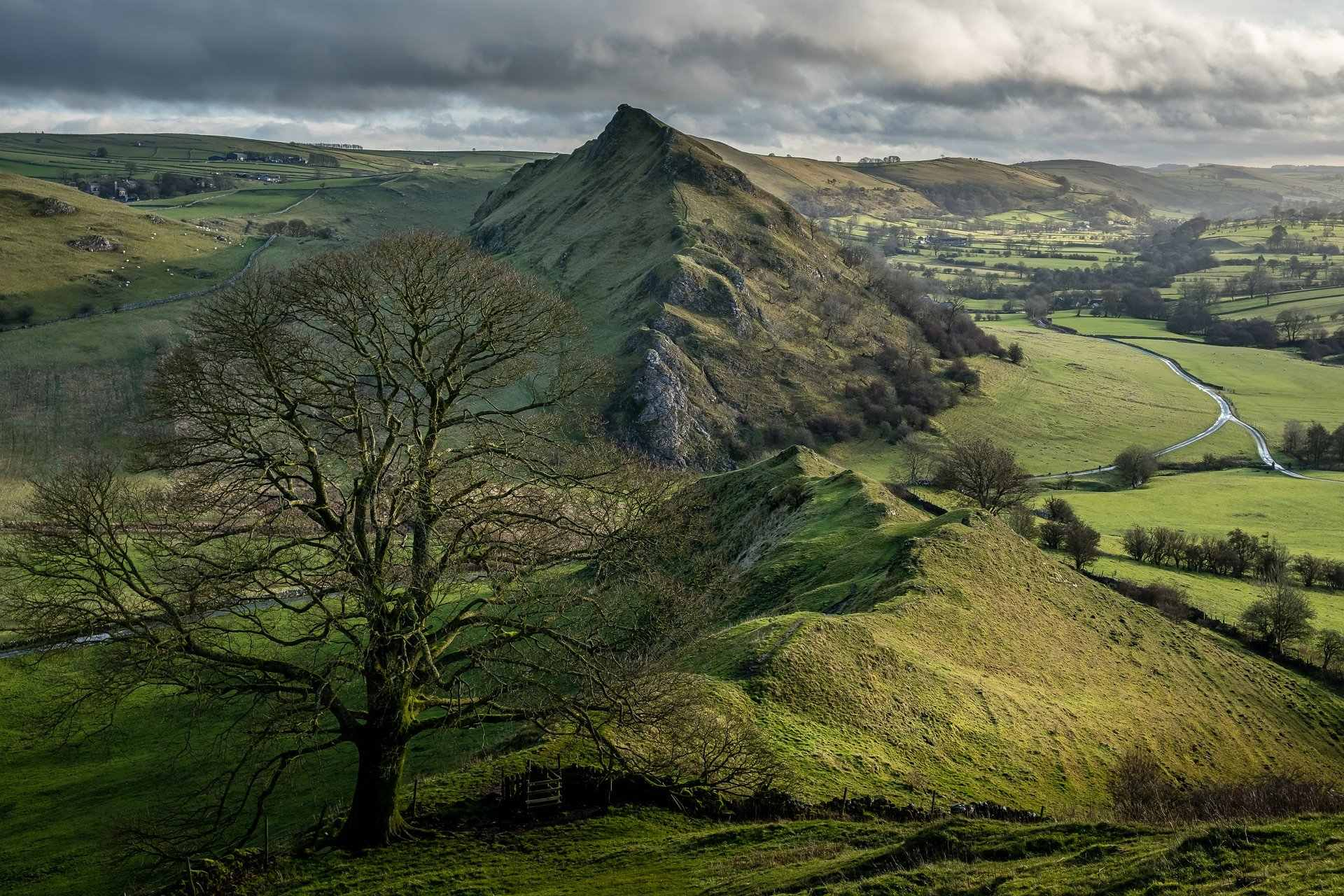 view-of-parkhouse-hill-from-chrome-hill-best-peak-district-walks